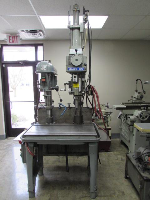 Machinesused Com Clausing Model 2285 Drill Head W Air